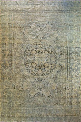 Gorgeous Antique Kermanshah Carpet